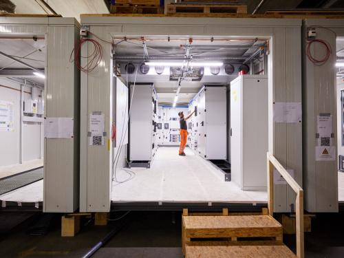 Alle tunneltechnische installaties worden volledig geconditioneerd modulair gebouwd en getest.